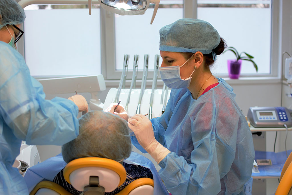 Implant dentar Ogodent