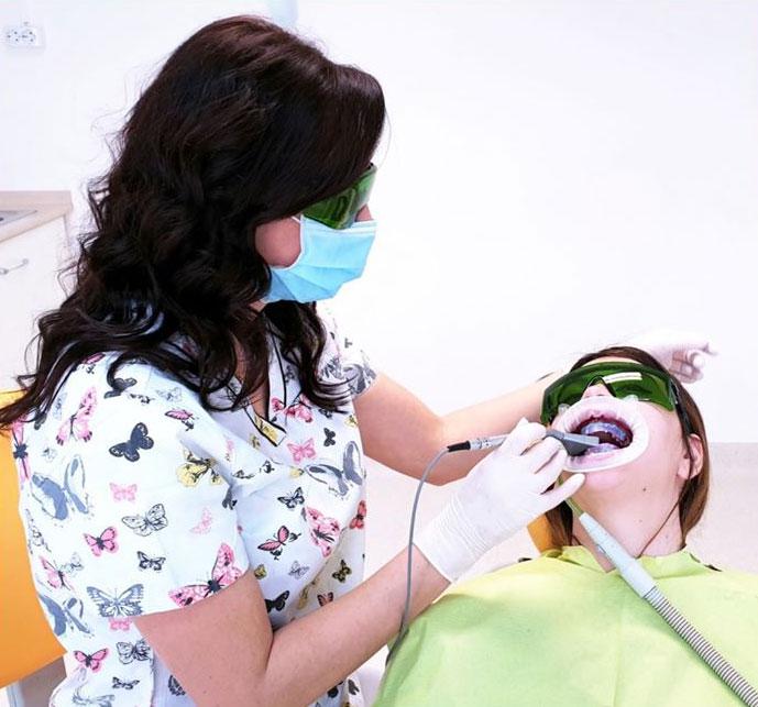 Clinica Ogodent - albirea dintilor cu laser